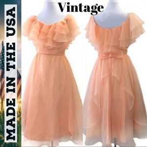 🇺🇸 Vintage Off-Shoulder Ruffle Bow Peach Prom